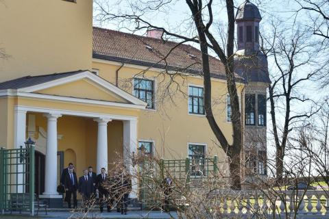 [FOTO GALERİ] Poroşenko'nun, Letonya'da temasları...